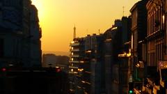 525 Paris en Février 2018 - coucher de soleil rue de Belleville (paspog) Tags: paris france février february februar 2018 sunset coucherdesoleil ruedebelleville
