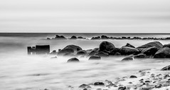 Sturm am Meer (floerioHH) Tags: blankeck atthesea ostsee storm blackandwhite water sky bulbexposure landscape 2017 clouds gewitter sw schwarzweis