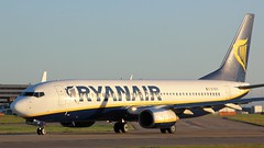 EI-DCY (AnDyMHoLdEn) Tags: ryanair 737 egcc airport manchester manchesterairport 23l