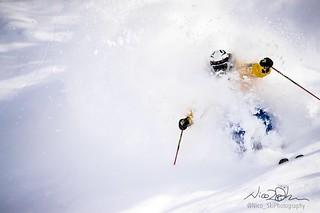 JDS skiing Japan 📷 credit Nico Ski photography