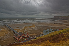 Rainy and cold day at Saltburn pier (alan.irons) Tags: pier saltburn cliffs sea northsea eastcoast northyorkshire sand rocks waves rain cold weather tides clevedland northriding canoneos1dxmkll ef2470f28llusm england march 2018 seascape