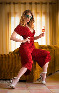 Cheers! - 70s style shoot,
