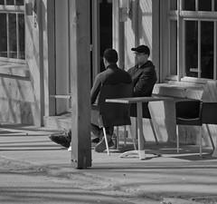 Le café - The cafe (p.franche Visit(ez) mes expositions) Tags: sony sonyalpha65 objectifminolta minoltalens minolta beercan vintage hdr dxo photolab bruxelles brussel brussels belgium belgique belgïe europe pfranche pascalfranche schaerbeek schaarbeek yourbestoftoday parcjosaphat josaphatpark skancheli monochrome noiretblanc blackandwhite zwartwit blanconegro schwarzweis μαύροκαιάσπρο inbiancoenero 白黒 黑白 чернобелоеизображение svartochvitt أبيضوأسود mustavalkoinen שוואַרץאוןווייַס bestofbw urban snapshot man homme people cafe café pause pauze instantané streetshot ombre shadow