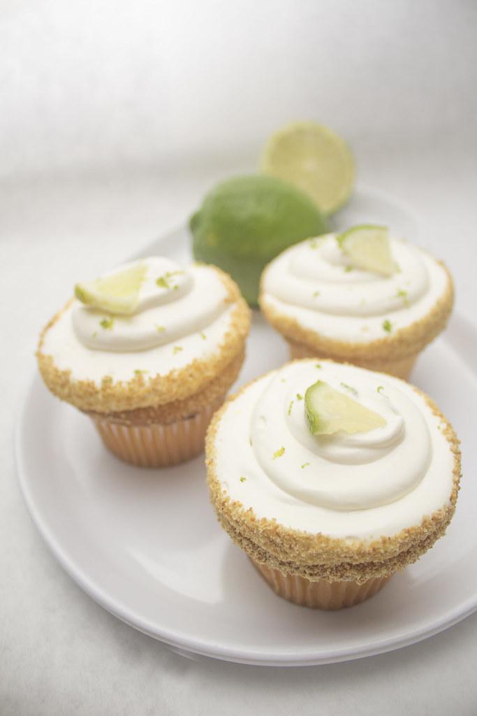 KeyLime Cheesecake PeaceLoveKids Tags Cupcake Bake Bakery Lhoc Larrys House Of Cakes Carbondale
