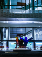 keith haring's three-figure sculpture (untitled) (pbo31) Tags: sanfrancisco california nikon d810 color evening april spring 2018 boury pbo31 lightstream motion traffic roadway soma howardstreet mosconecenter convention extension blue night dark art sculpture keith