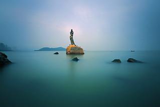 Zhuhai Fisher Girl 珠海漁女