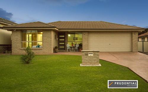 38 Fitzpatrick Cr, Casula NSW 2170