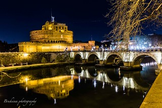 The castel San't Angelo by night - Roma