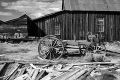 Horseless Wagon At Bodie, California (thedot_ru) Tags: wagon carriage horseless rural abandon sky clouds bodie ghosttown village planks grass blackandwhite bw monochrome usa america americana unitedstates california ca canon5d 2014