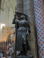 Joan of Arc statue, Bordeaux Cathedral, France (Paul McClure DC) Tags: bordeaux france gironde july2017 nouvelleaquitaine historic architecture sculpture