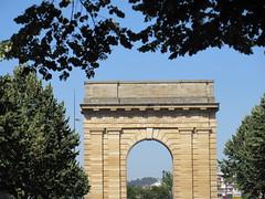 Porte de Bourgogne from Cours Victor Hugo, Bordeaux, France (Paul McClure DC) Tags: bordeaux france gironde july2017 nouvelleaquitaine historic architecture