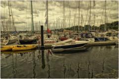 Weiße Wiek (Heinze Detlef) Tags: boltenhagen yachthafen segelboote himmel wolken wasser urlaub urlauber spiegelungen marina