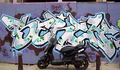 graffiti amsterdam (wojofoto) Tags: amsterdam nederland netherland holland graffiti streetart wojofoto wolfgangjosten screw