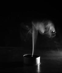Smoke ( Canon750d Objetivo Sigma 18-200mm) (MGLFoto) Tags: sigma18200mm canon750d blackandwhite blancoynegro candle vela humo smoke