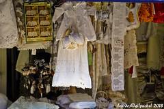 Lourdes 227-A (José María Gil Puchol) Tags: aquitaine basilique boutique catholique cathédrale cierge eaumiraculeuse fidèle france josémariagilpuchol lourdes paysbasque prière pélèrinage religion robe