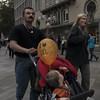 I Love Mc Donalds (Julio López Saguar) Tags: juliolópezsaguar gente people ciudad city urban urbano calle street colonia köln cologne alemania germany familia family mcdonalds