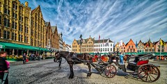 Bruges 2018 (16) HDR (YᗩSᗰIᘉᗴ HᗴᘉS +15 000 000 thx) Tags: hdr 3exp bruges horse architecture belgium europa aaa namuroise look photo friends be wow yasminehens interest intersting eu fr greatphotographers lanamuroise 7dwf