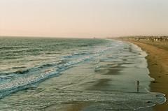 Hermosa Beach, Los Angeles, septembre 2017 (Marine Beccarelli) Tags: hermosabeach losangeles california ocean beach film filmphotography 35mm analogue canonae1