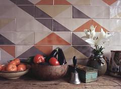 Kitchen Scene (Roderick van der Steen) Tags: mamiya645 45mmf28 f80 kodak ektar100 epson v500 kitchen tiles naturallight