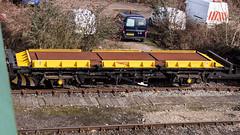 ZZA 99 70 9592 006-9 (JOHN BRACE) Tags: zza 99 70 9592 0069 built 19821985 spa plate wagon converted 2011 snowplough for use south east third rail areas seen tonbridge west yard