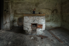 old fireplace..... (flowerpower.1969) Tags: old alt urbex urban exploration decay decayed forgotten vergessen abandoned fireplace austria sony hdr kaputt verlassen kamin lost place places