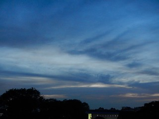 099/365: a sky to melt into