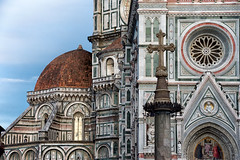 Last hours in Florence. (Miguel Angel SGR) Tags: catedral cathedral cathédrale iglesia churc art architecture arquitectura florencia florence firenze italia italy facade fachada duomo piazza plaza square trips travel turismo tourism touring viajes viajar viaje journey city ciudad cityscape europa europe church luz light color colorful colors colour colorido nikon nikond7200 d7200 cúpula detalles details detalle paisajeurbano miguelangelsgr miguelonphotography