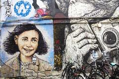 street art Berlin (santi_riccardo) Tags: berlino anna frank street