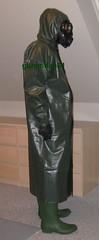 21 (gummifan61) Tags: rainwear raingear rubber gasmaske