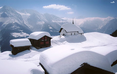 Swiss winter dream (VandenBerge Photography) Tags: aletsch aletscharena bettmeralp winter canon valais switzerland europe alps sky season snow mountains village view panorama chapel unescoworldheritage