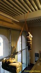 Scénographie (m.lebel) Tags: danslapeaudunsoldat soldat militaire exhibition exposition lesinvalides muséedelarmée paris france iledefrance scénographie