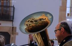 La Trompa indiscreta... (ivánmoral) Tags: semanasanta ledaña cuenca trompa instrumento música músico viento iglesia