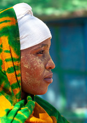 Portrait of a somali girl with qasil on her face, North-Western province, Berbera, Somaliland (Eric Lafforgue) Tags: adultonly africa africanethnicity barbara beauty berbera blackethnicity cosmetics culture developingcountry eastafrica ethnic female headshot hijab hornofafrica islam islamic lifestyle moisture muslim oneperson onepersononly onewomanonly outdoors portrait protection qasil sideview soma4395 somali somalia somaliland traditionalclothing veil vertical woman women youngwoman northwesternprovince