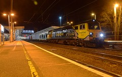 70015 waits the road for Ipswich Yard at the Station, with the 14.03 Intermodal from Ditton. 05 04 2018 (pnb511) Tags: trains railway ipswich greateasternmainline geml class70 intermodal suffolk freightliner locomotive loco diesel engine track rail station platforms