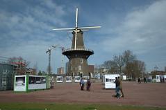 International Photo Festival Leiden (IPFL) Lammermarkt (Mary Berkhout) Tags: maryberkhout lammermarkt internationalphotofestivalleiden fotofestival tentoonstelling molen plein molendevalk molenmuseum museum monument
