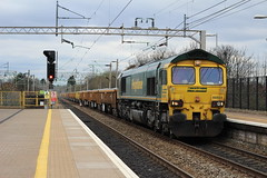 Freightliner 66604 (Liam Blundell Photography) Tags: freightliner fl class 66 66604 liverpool south parkway lsp 699g 6y56 crewe basford hall ssm speke jn junction easter platform 1 freight train old new ballast wagons stone gold star