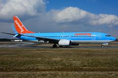 OO-JAH (Sunwing - TUIfly) (Steelhead 2010) Tags: sunwingairlines tuifly boeing b737 b737800 yhm ooreg oojah