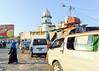 Main square in Djibouti (Francisco Anzola) Tags: djibouti square mosque minaret van woman streetlife africa ngc