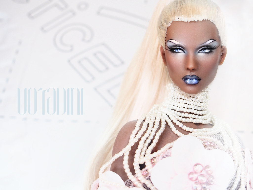 The World's Best Photos Of Fashiondoll And Kingdom