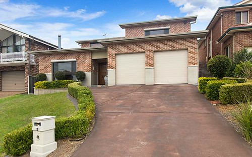 3 Grevillea Cl, Bossley Park NSW 2176