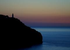 Port de Soller (Judith Noack) Tags: mallorca spanien blaue stunde leuchtturm meer küste ruhe spain balearen