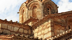 Samarina church building detail IMG_2373 (mygreecetravelblog) Tags: greece peloponnese messenia messinia outdoor landscape architecture church building byzantinechurcharchitecture greekchurch greekorthodoxchurch kalogerorrachi churchofthevirginzoodochospigimonastery stonework