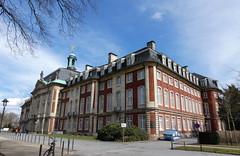 Schloß Münster a (AnnAbulf) Tags: nrw nordrheinwestfalen renaniasettentrionalevestfalia münster schlosburg castello westfalen vestfalia