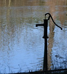 A cute way to get water from the pond (:Linda:) Tags: germany thuringia village bürden pond waterpump bluesky