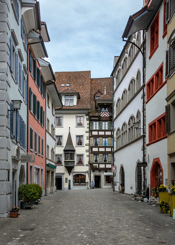 "Altstadt Zug • <a style=""font-size:0.8em;"" href=""http://www.flickr.com/photos/42341582@N06/26631395477/"" target=""_blank"">View on Flickr</a>"