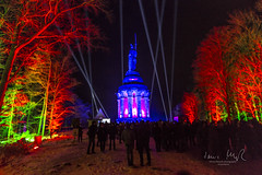 _T1A4986 Der Hermann leuchtet 2018 - 9 (idunavision) Tags: laser show light canon memorial hermann detmold art video event night blue hour