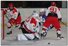 Hockey Hielo - 17 (Jose Juan Gurrutxaga) Tags: file:md5sum=45a53f6159a4163c21fafc3140b732e0 file:sha1sig=cd6eeb8c0a3b9793073511450915669abdc7ee7e hockey hielo izotz ice txuri urdin txuriurdin jaca