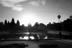 Photographer's dawn (carlosromonbanogon) Tags: angkor wat cambodia fujifilm xt1 dawn sunrise photography people sun archeology khmer reflection amateur travel black white bw