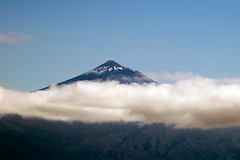 El Teide Tenerife from the ferry to La Gomera (Paul and Jill) Tags: ferry canaryislands loscristianos tenerife elteide clouds