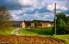 La campagne Périgourdine (didier95) Tags: perigord dordogne stcrepinetcarlucet paysage campagne village ciel nuage nouvelleaquitaine